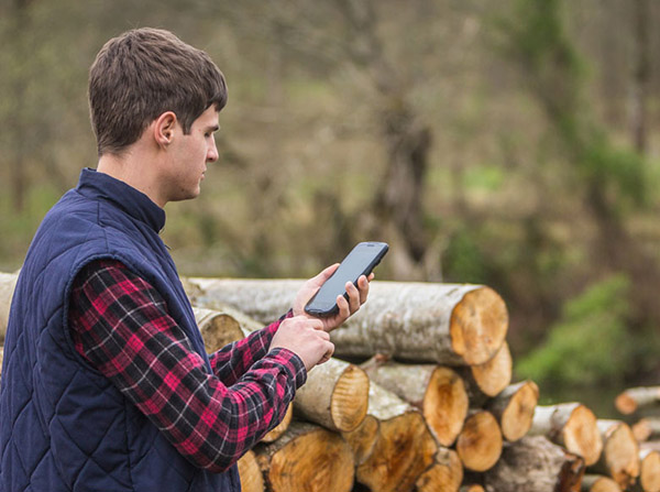 Hand-held devices for GIS