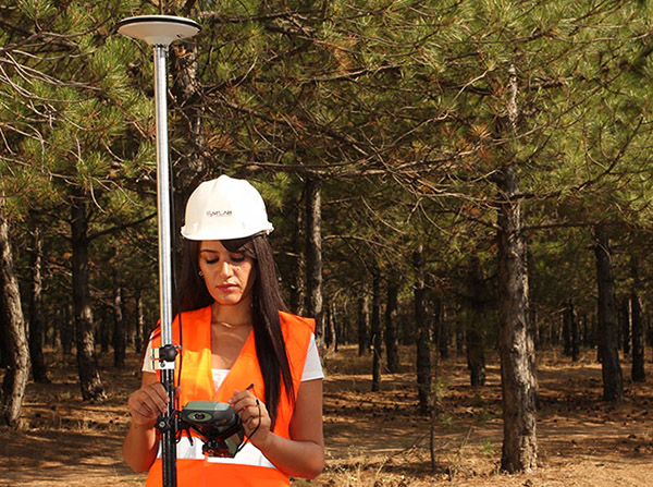 Professional devices for geodesy